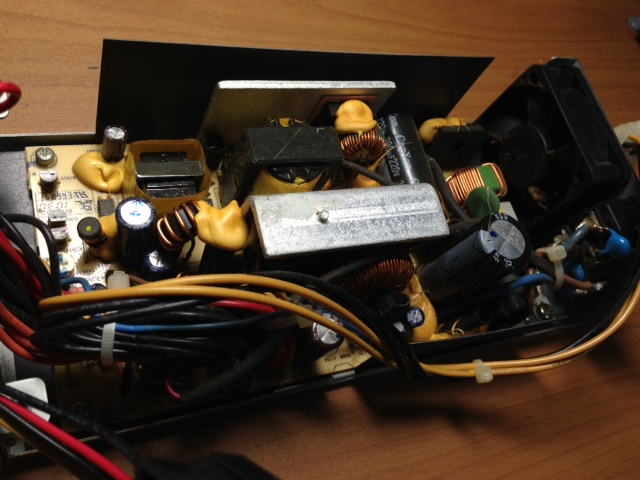 電源ユニットの故障(e-machine EL1850)